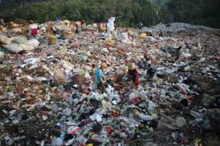 Pemkot Kaji Pengolahan Sampah TPA Bakung Jadi Briket