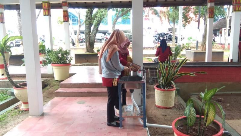 Pemkot Kota Sediakan Wastafel Portable