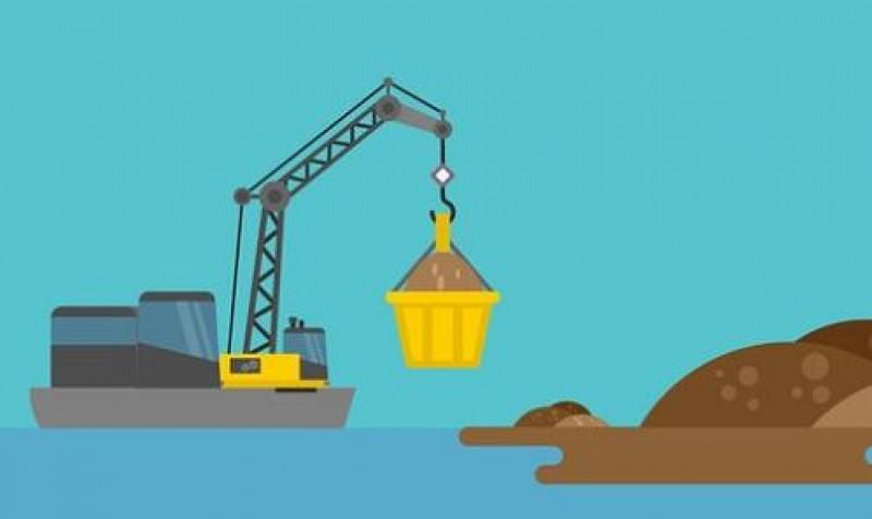 Pemprov Diminta Menindak Penambang Pasir Laut di Lamtim