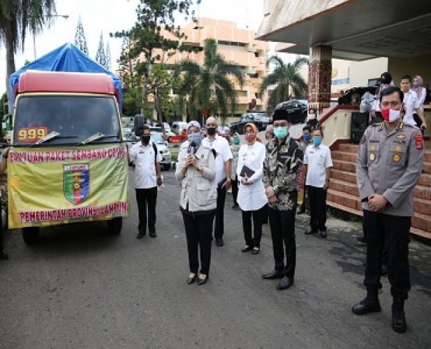 Pemprov Distribusikan Ribuan Paket Sembako bagi 3 Kabupaten
