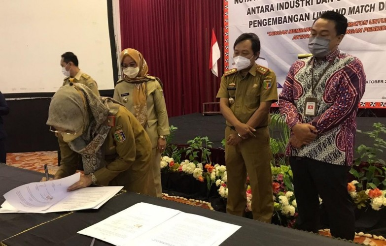 Pemprov Dorong Program <i>'Link and Match'</i> SMK demi Kemajuan Industri di Lampung