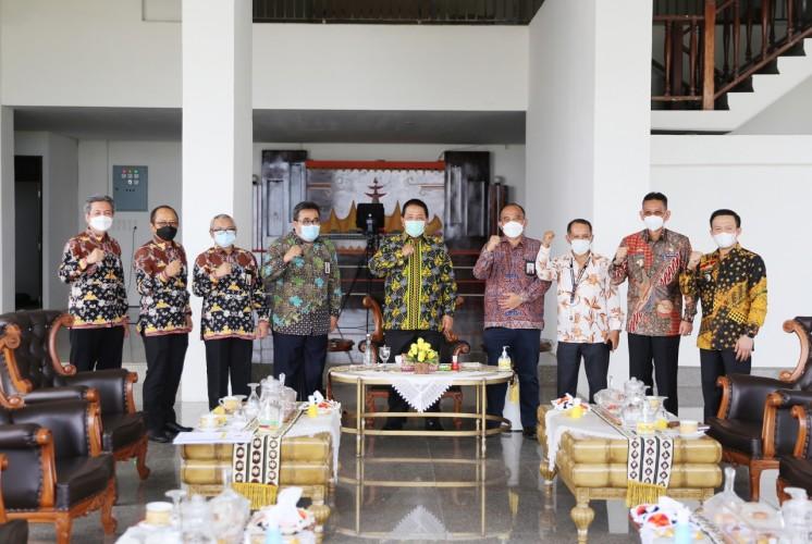 Pemprov - Kanwil DJP Bengkulu Lampung Sinergi Sukseskan Smart Village