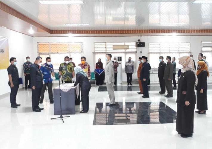 Pemprov Lampung Lantik 27 Pejabat Administrator