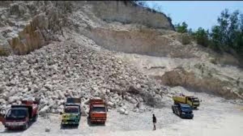 Pemprov-Pemkot Diminta Berkoordinasi Atasi Kerusakan Bukit