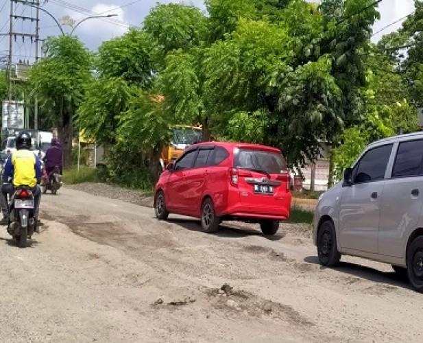 Pemprov segera Perbaiki dan Bangun Drainase di Jalan Ryacudu