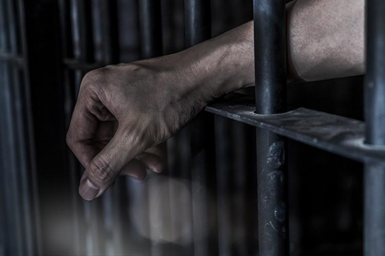 Pemuda di Banjaragung Dua Tahun Hidup di Kerangkeng