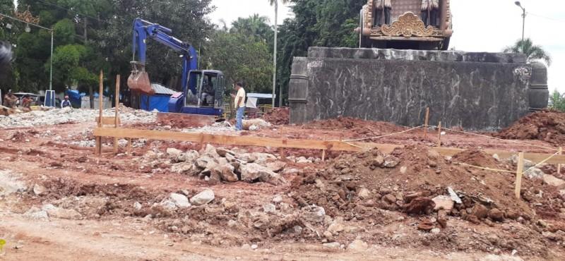 Pemugaran Tugu Rato Kotabumi Dinilai Mubazir, Dinas PU: Agar Tak Jadi Tempat Jentik Nyamuk