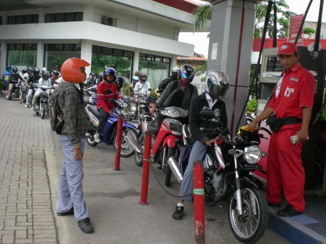 Pemusatan Penjualan Premium Berpotensi Tambah Kemacetan