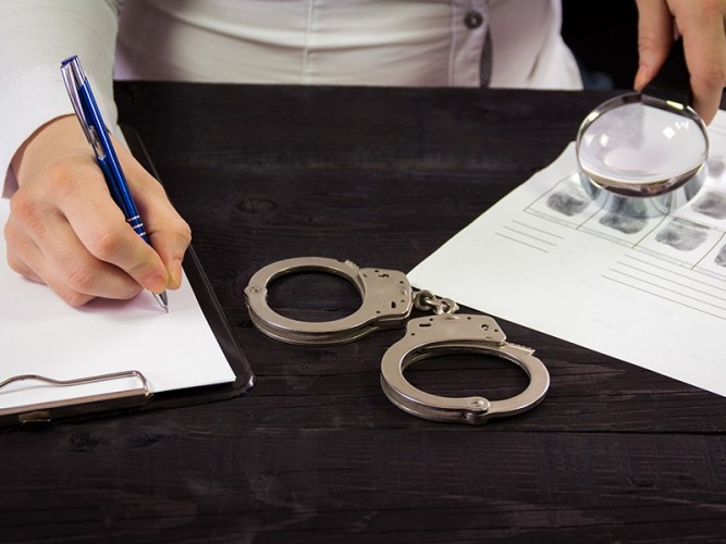 Penangkapan Ambroncius Bukti Hukum Tak Diskriminatif