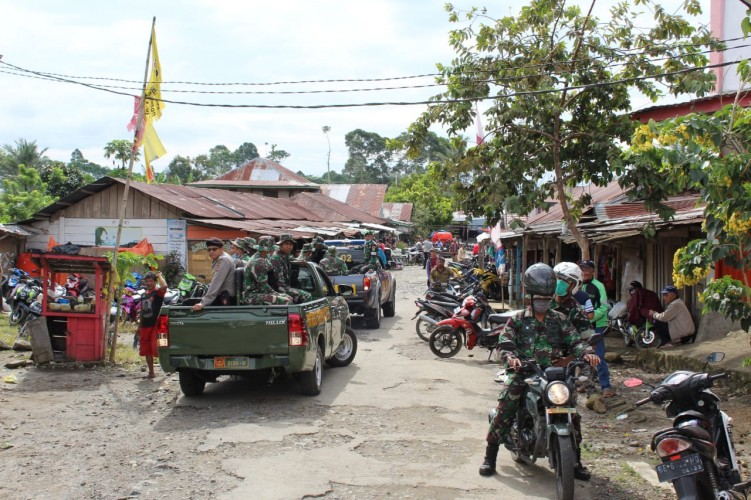 Pencegahan Korona, TNI Bersama Polri Sosialisasi Keliling Kota Liwa