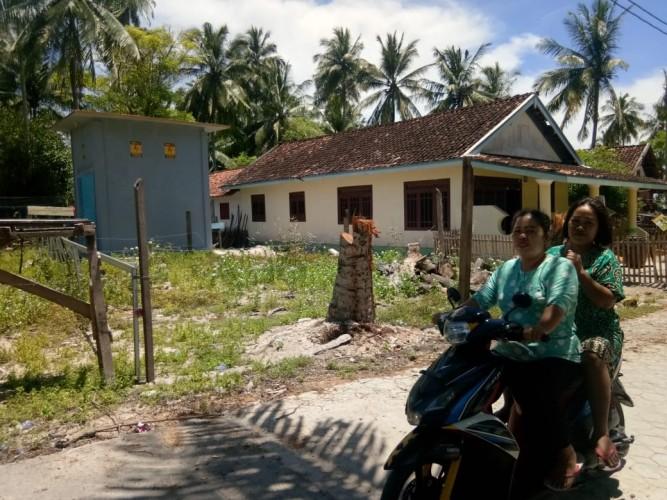 Pendistribusian Listrik PLN ke Rumah Warga Pulau Pisang Terus Dikerjakan