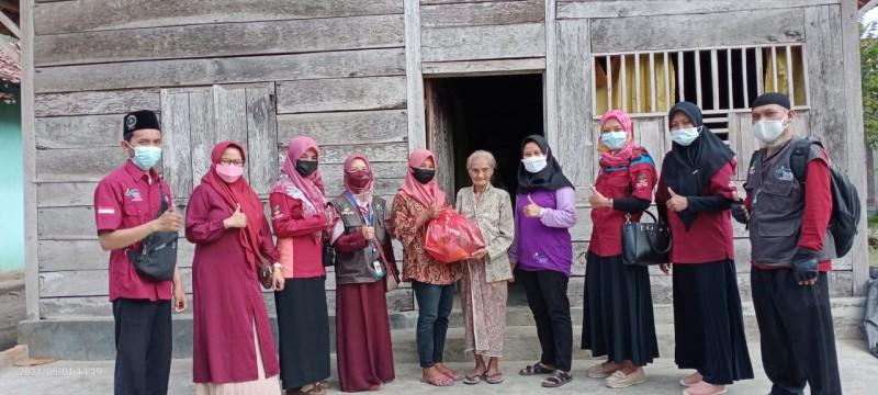 Penerima PKH di Pagelaran Sisihkan Bantuan untuk Warga Kurang Mampu