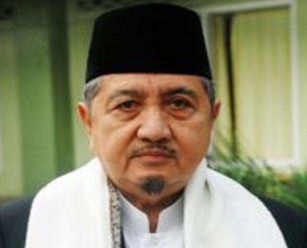 Pengasuh Ponpes Gontor K.H. Abdullah Syukri Zarkasyi Wafat