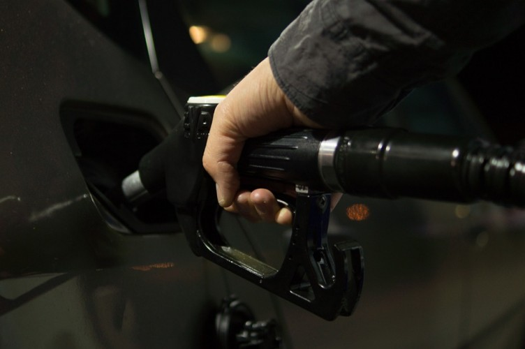 Pengemudi Angkot Antusias Gunakan BBM Ramah Lingkungan