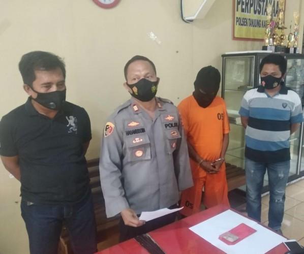 Pengendara Buang Ganja saat Terjaring Operasi Masker