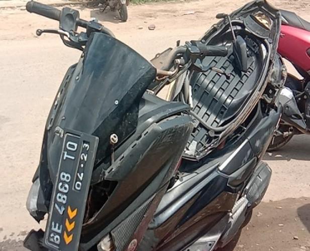 Pengendara Motor Jadi Korban Tabrakan Mobil Pelaku Kejahatan