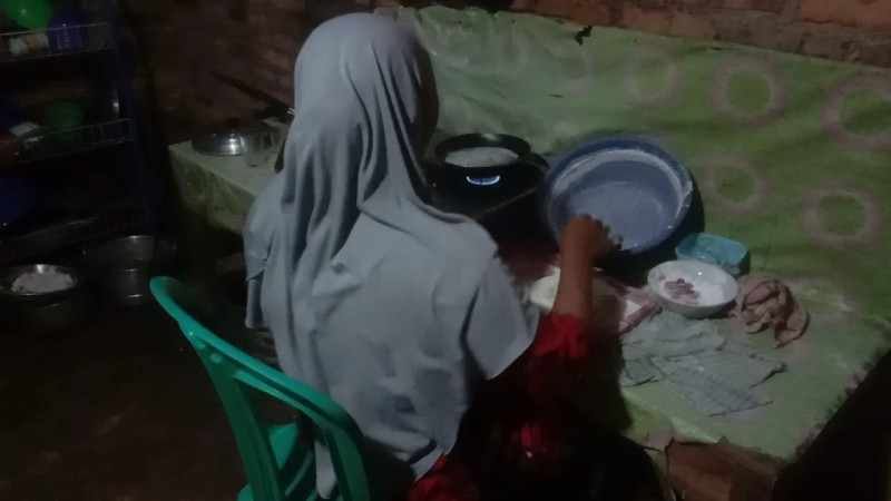 Pengrajin Kuliner Kulit Lumpia di Lampura Butuh Dukungan Permodalan