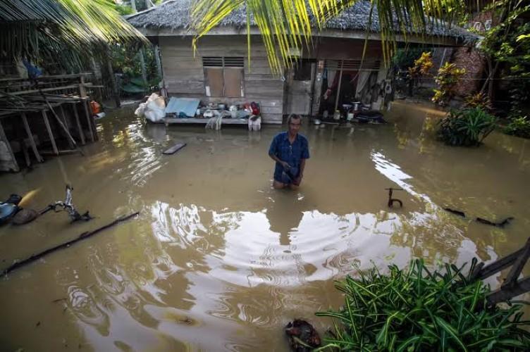 Pengungsi Banjir Aceh Utara Mulai Terserang Penyakit