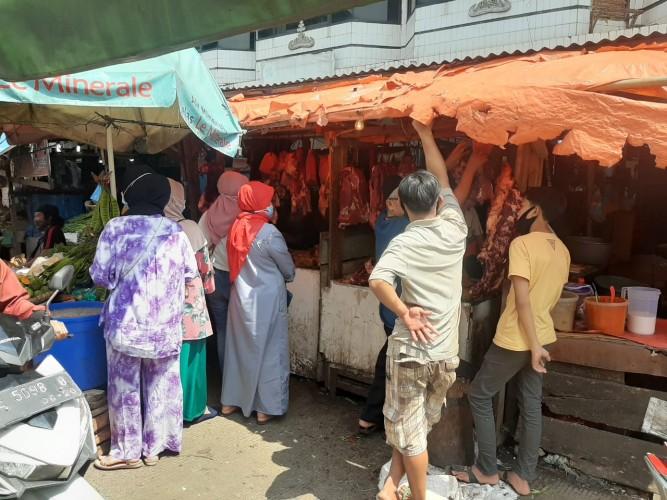 Penjual Daging Raup Omzet Ratusan Juta per Hari