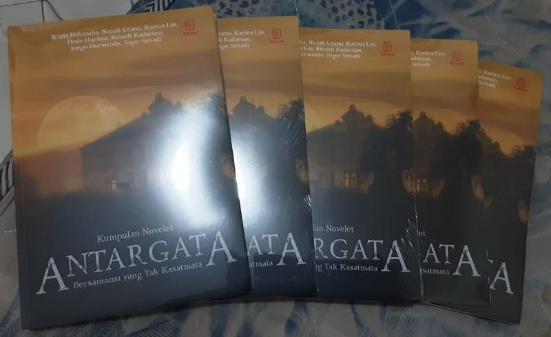 Penulis Lampung Karina Lin  Launching Buku Kumlet Antargata