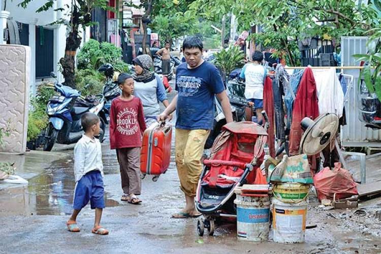 Penyakit Pascabanjir Perlu Diwaspadai