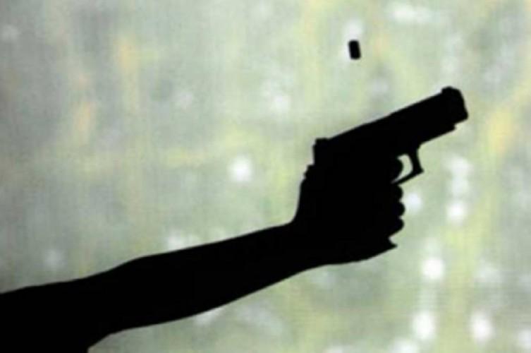 Perampok Bersenjata Teror Toko Emas