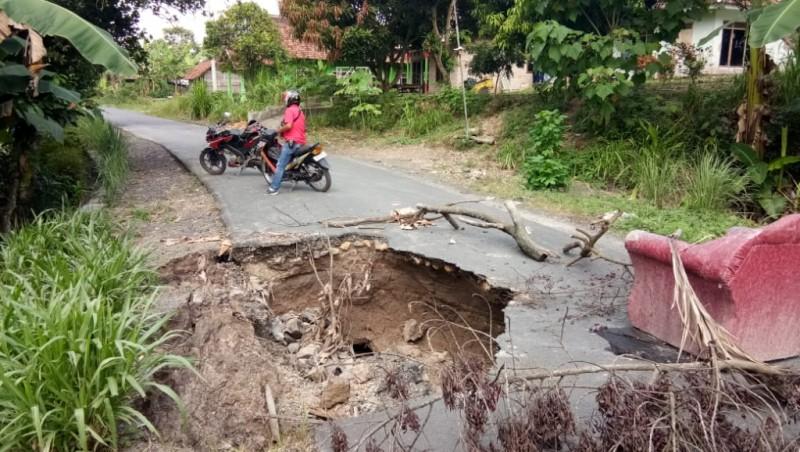 Perbaikan Gorong-gorong Ambrol di Palas Diusulkan Melalui Anggaran Darurat