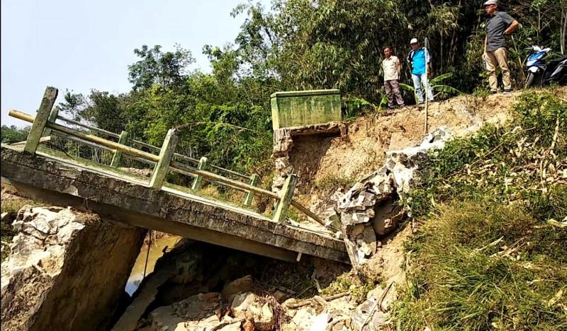 Perbaikan Jembatan Roboh Diusulkan ke PUPR Tubaba