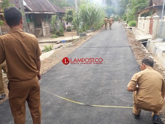 Perbaiki Jalan, Warga Benawang Apresiasi Pemkab