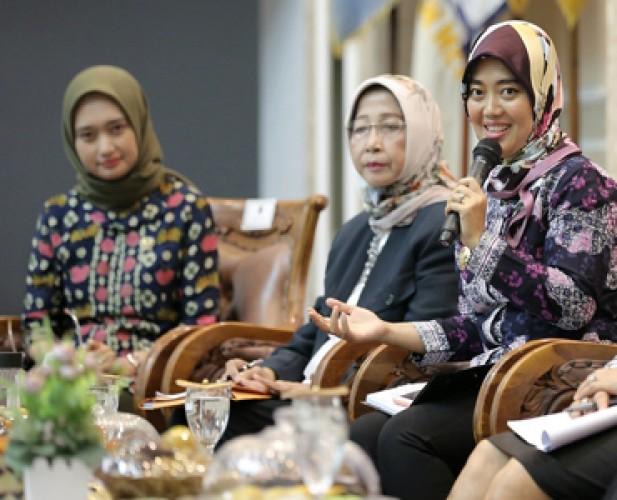 Perempuan Didorong Turut Berkontribusi dalam Birokrasi