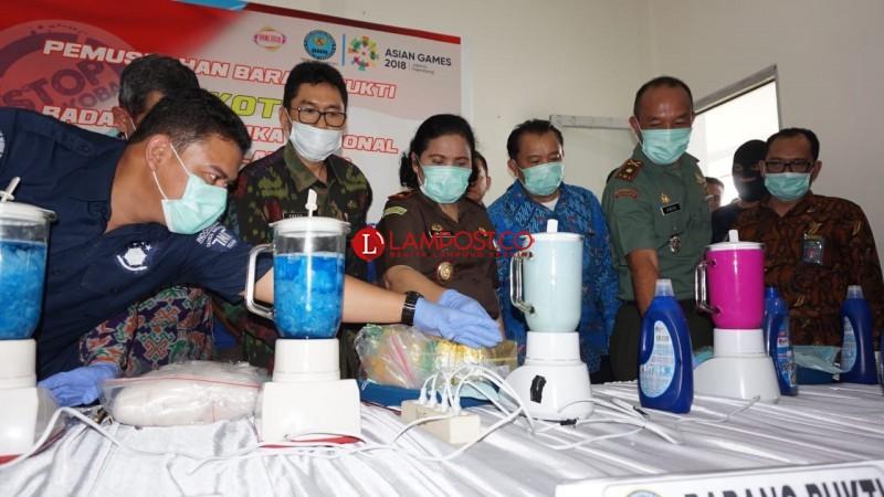 Peringati HANI 2018, BNNP Lampung Musnahkan Narkoba