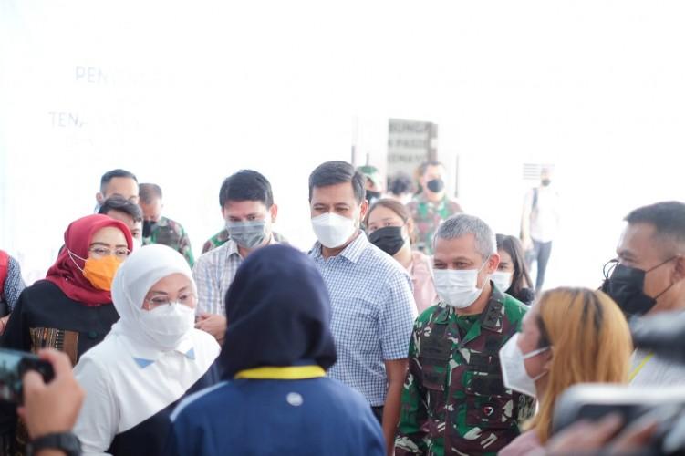 Peringati Hari Buruh di Tengah Pandemi, BPJamsostek Beri Bantuan 18 Ribu Sembako ke Pekerja