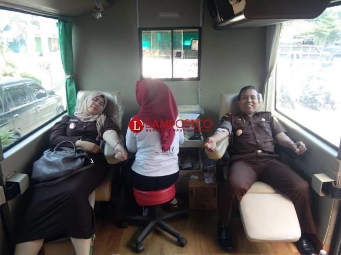 Peringati HUT Ke-58 Adhyaksa, Kejari Lampura Gelar Donor Darah