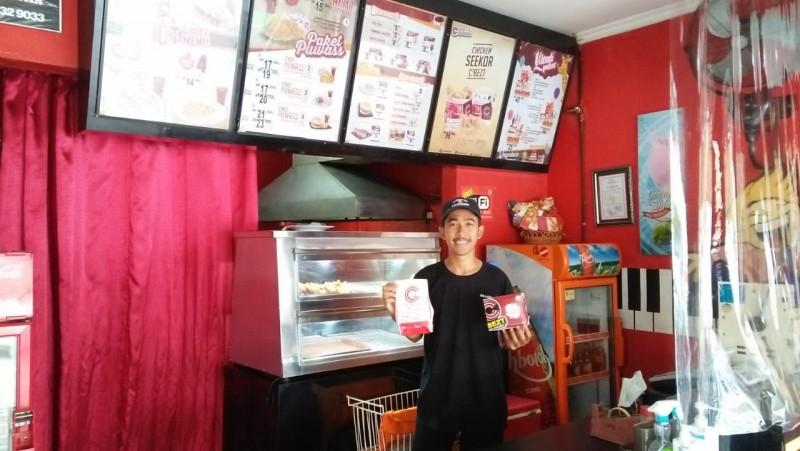 Perjuangan Restoran Cepat Saji Bertahan di Tengah Pandemi