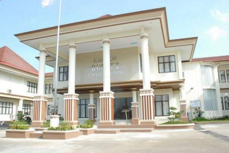 Perkantoran Pemkab Lamsel Normal Pasca-penahanan Hermansyah