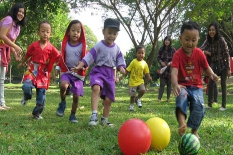 Perlakuan Menyenangkan Kunci Sukses Mencerdaskan Anak di Usia Dini