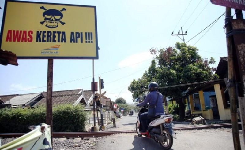 Perlintasan KA di Desa Tanjung Iman Rawan Kecelakaan