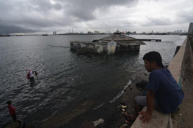 Permukaan Tanah Jakarta Turun 6 Cm Setiap Tahun