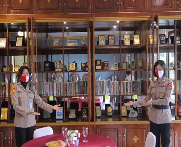 Perpustakaan Sigerlounge Tempat Personel Polda Menambah Wawasan Ilmu