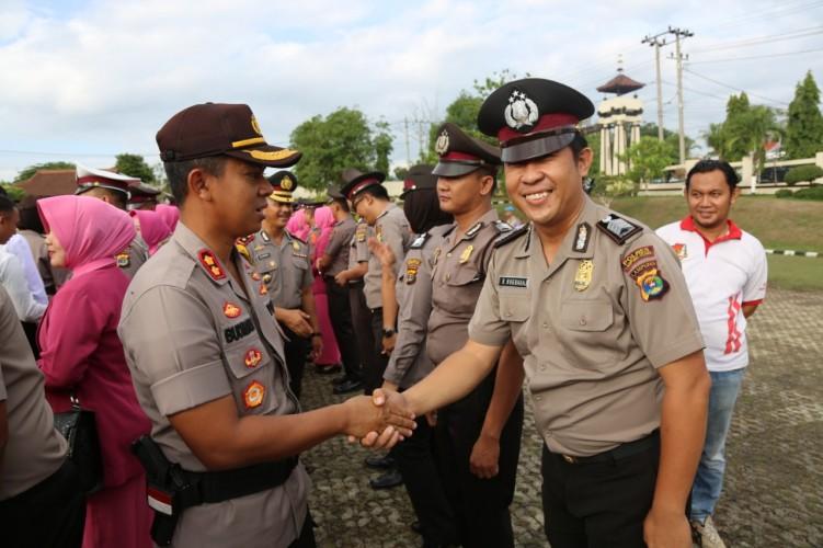 Personel Polres Lampung Utara Naik Pangkat