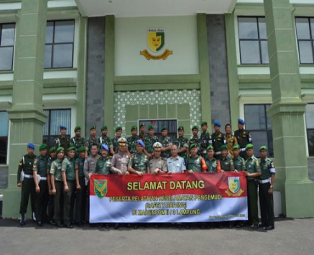 Personel TNI AD Wajib Mematuhi Peraturan Berlalu Lintas