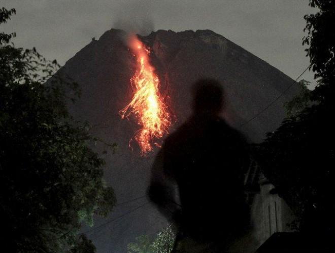 Pertama dalam Sejarah Merapi Punya Dua Kubah Lava