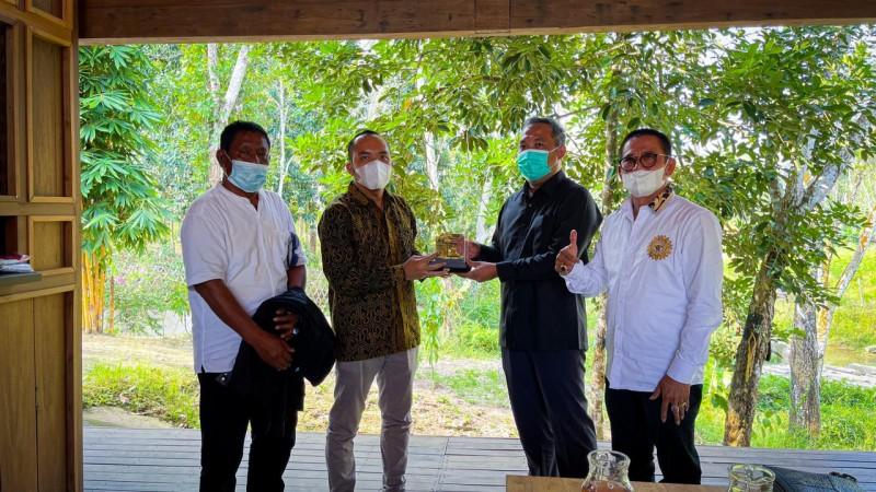Pertamina dan Pemkab Tulangbawang Barat Dukung Program Langit Biru