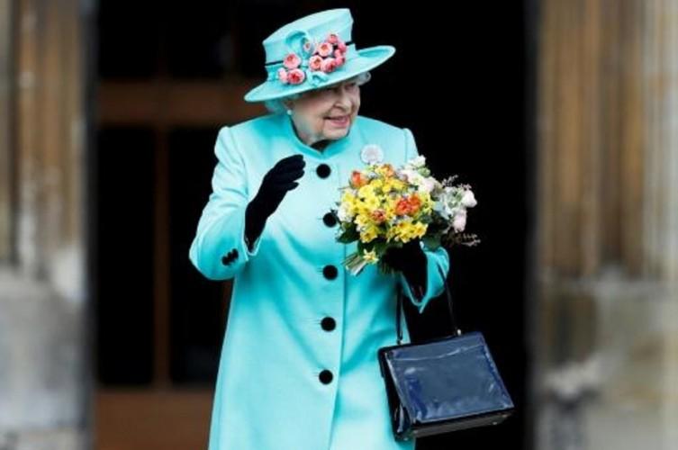 Pesan Paskah, Ratu Inggris Serukan Semangat Melawan Korona