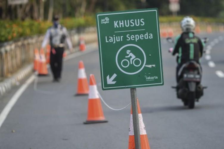 Pesepeda Wajib Gunakan Jalur Khusus