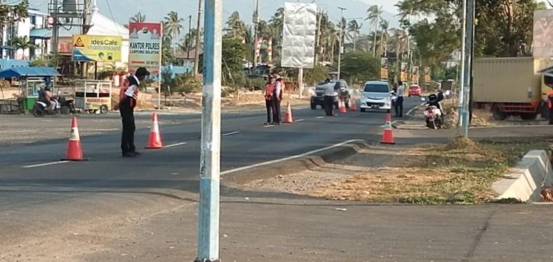 Petugas UPPK Way Urang Kalianda Tertibkan Kendaraan
