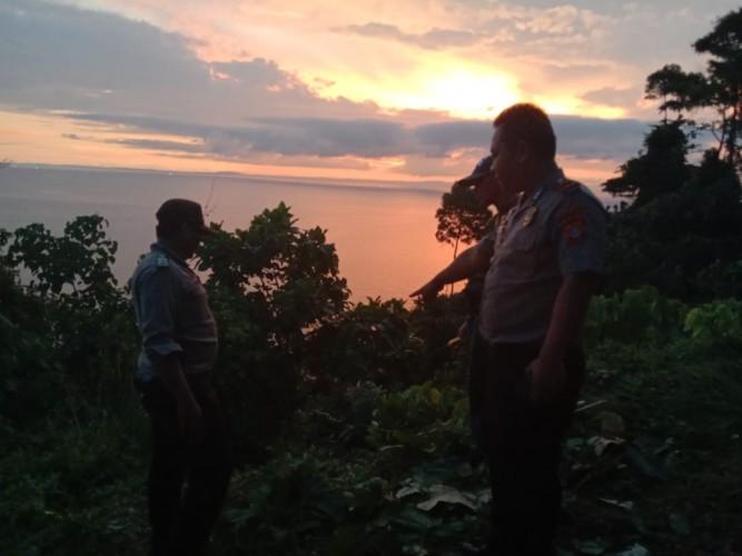 Pikap Bermuatan Durian Terjun ke Jurang, Sopir Tewas