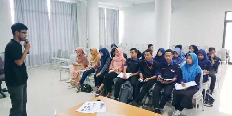 Pilar Ekonomi Helat Pelatihan Jurnalistik