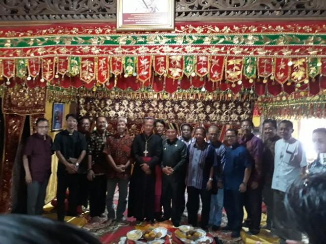 Pimpinan Gereja Se-Lampung Kunjungi Gedung Dalom Kepaksian Pernong