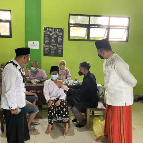 PKB Lampung Gelar Vaksin Hari Santri Nasional